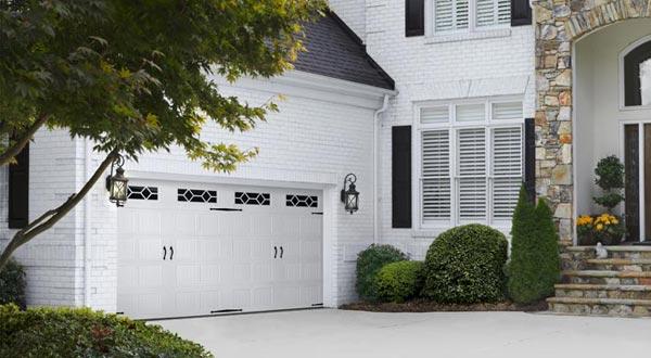 DESIGNER`S CHOICE Amarr Garage Doors