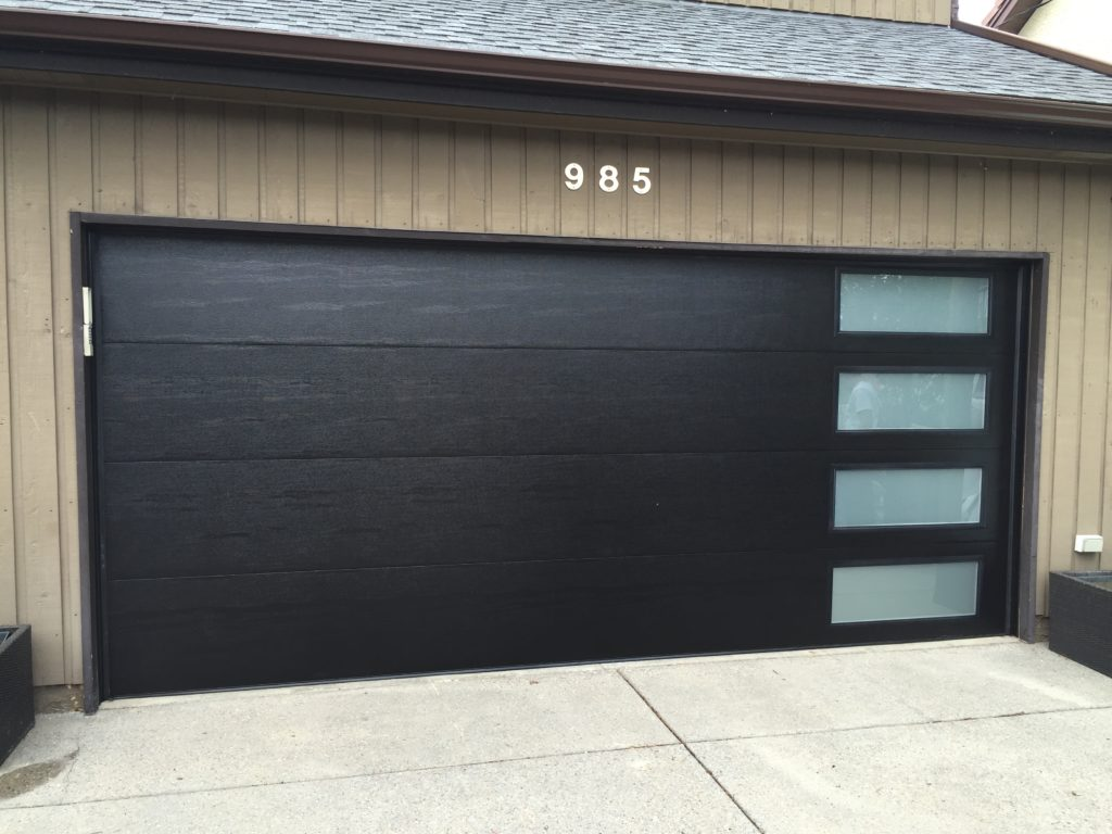 Pacific Overhead Garage Doors Suppliers And Installers Campbell River,  Comox Valley Including Comox, Courtenay And Cumberland.